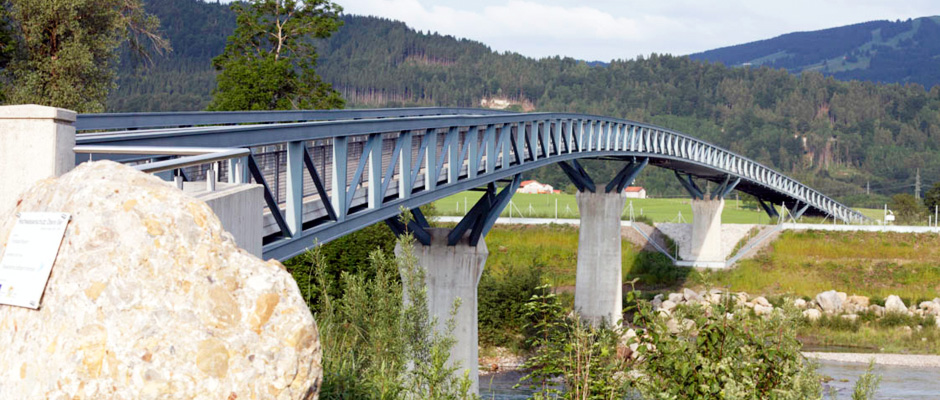Geh- und Radwegbrücke über die Iller und B19neu